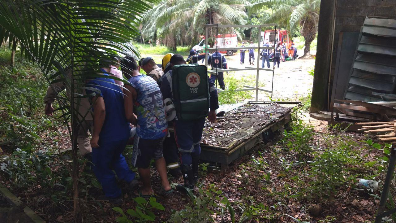 Três morrem em queda de avião em Manaus