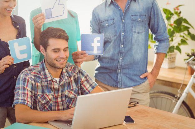 Facebook lidera o uso global como a maior plataforma de mídia social