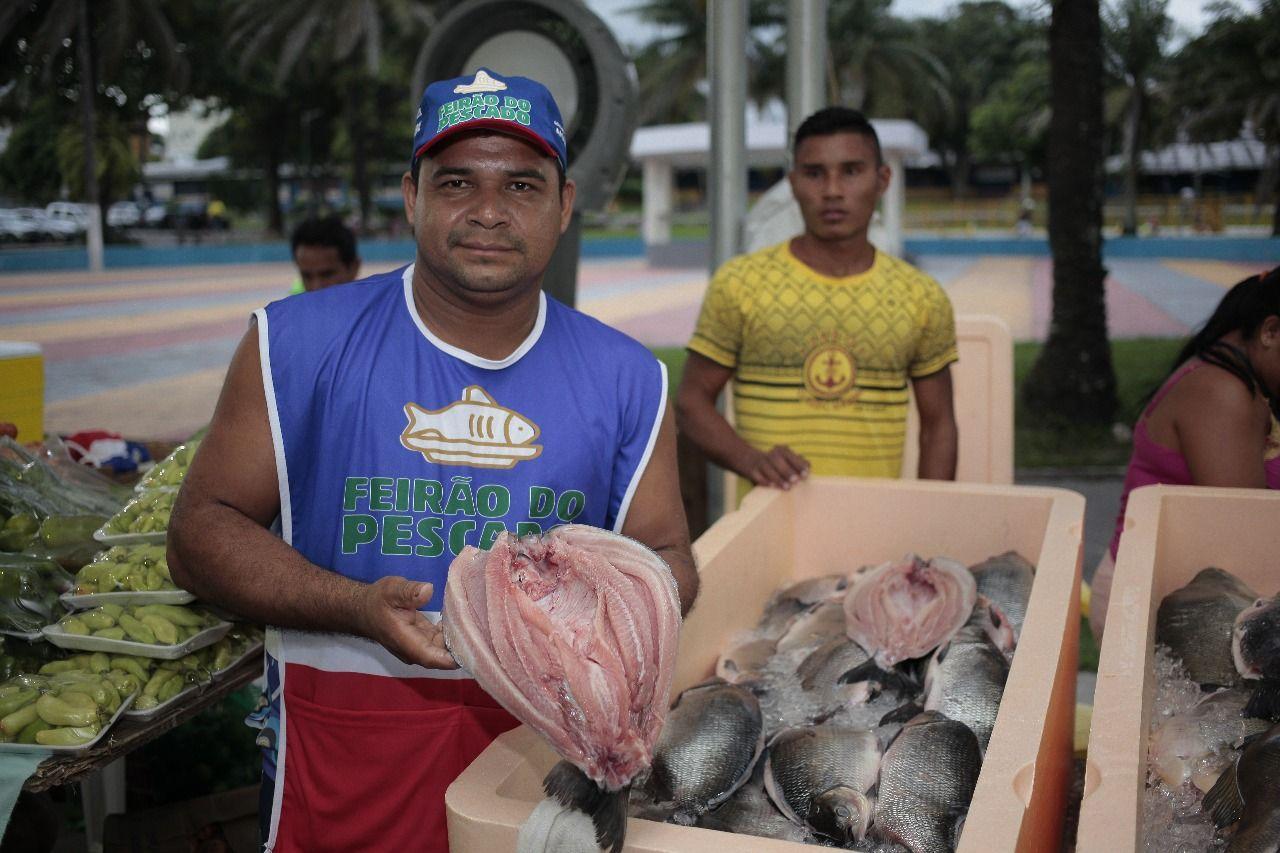 Feirão do pescado tem movimentação intensa nesta sexta-feira