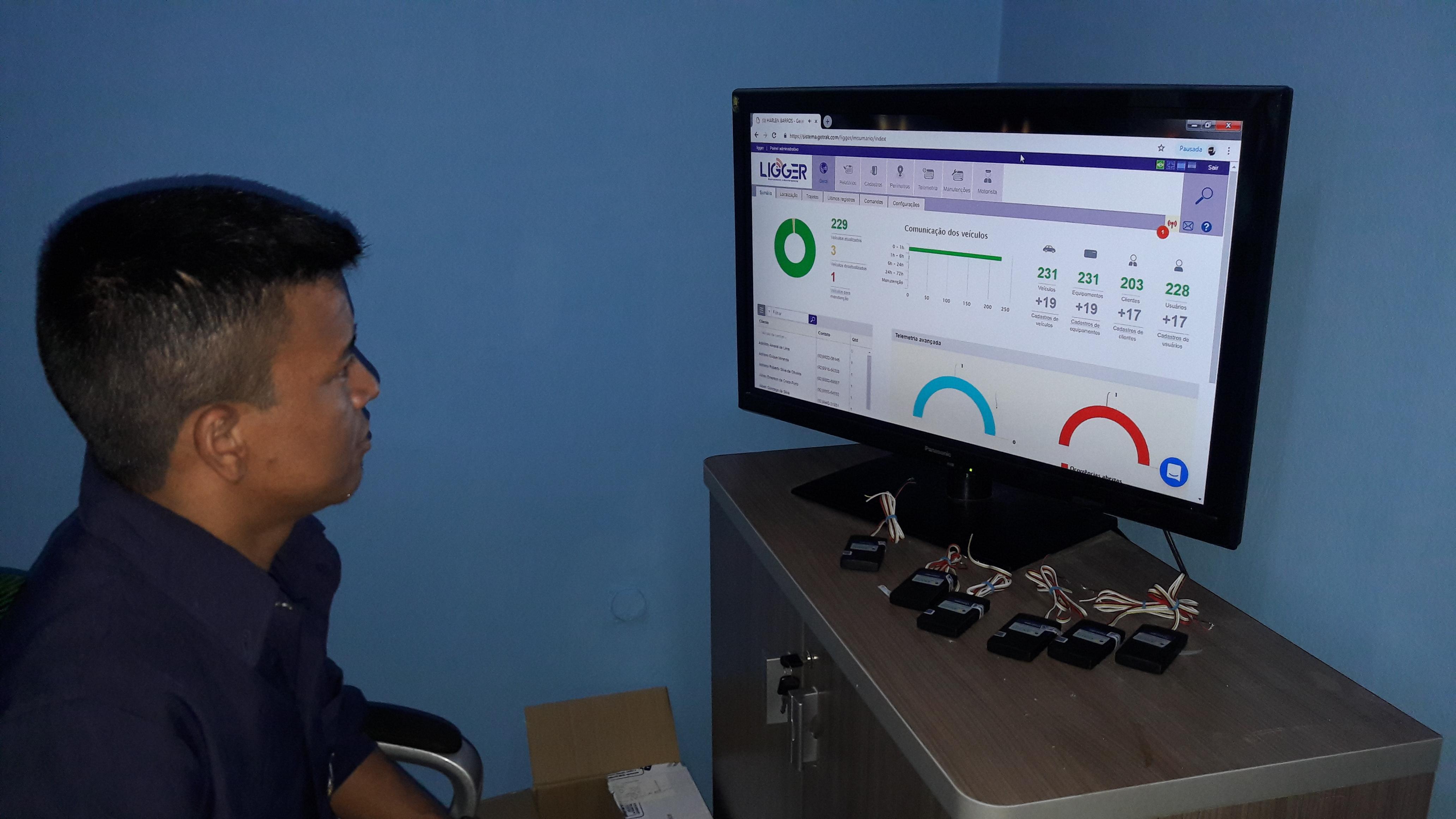 Manaus ganha tecnologia de monitoramento de carro a preços populares