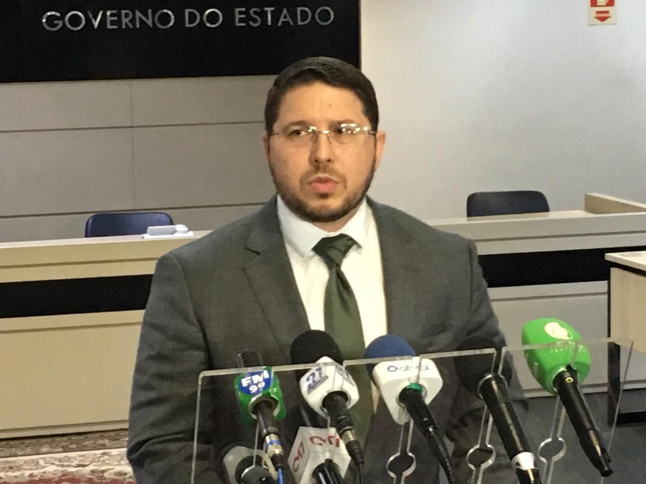 Antes de cair do comando, Carlos Almeida pede para sair do PTB