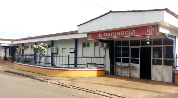 Criança com 40 graus de febre não é atendida por falta de médicos em Tefé