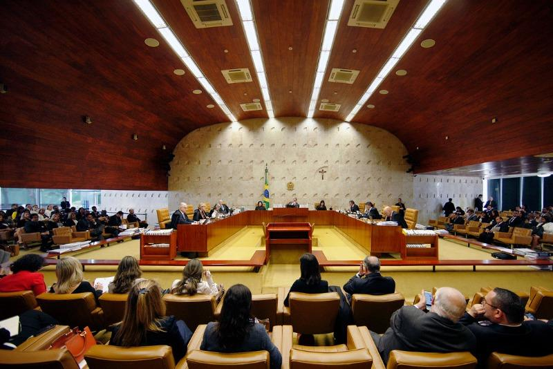 Senadores pressionam Bolsonaro por nome de ministro amazonense no Supremo em 2021