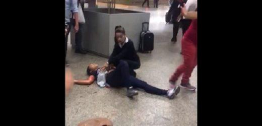 Mulher é esfaqueada no Aeroporto Cumbica (Veja o vídeo)
