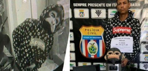 Homem fantasiado de macaco é preso por diversos furtos a residências no Amazonas