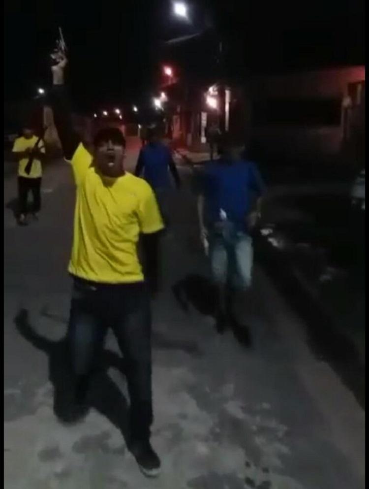 Homens trocam tiro no Conjunto Cidadão (Veja o vídeo)