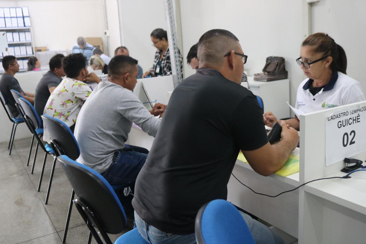 Setrab divulga 376 vagas de emprego para esta segunda-feira (12/08)