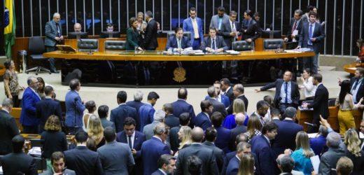 Plenário pode votar projeto que amplia porte de armas