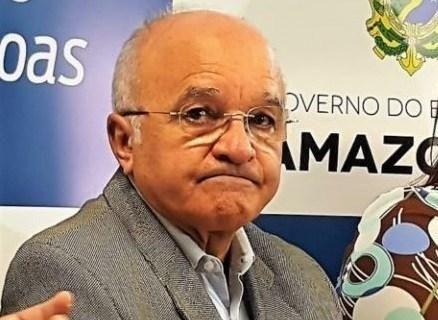 """Melo chora e diz que """"não conhecia"""" Mouhamad Moustafa"""