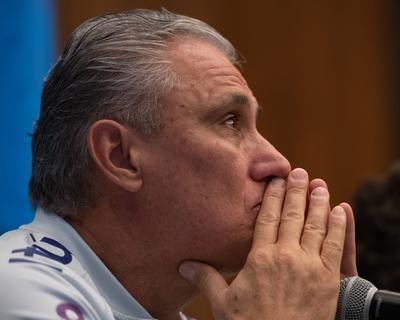 Derrota do Brasil para o Peru provoca a ira da torcida e pedido de saída de Tite