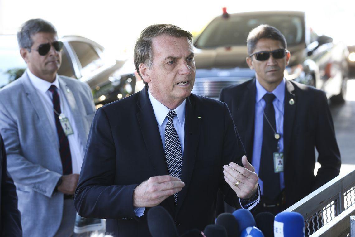 Bolsonaro fala em 80% de chance de deixar PSL e indica criação de novo partido