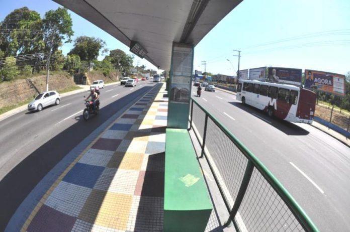 Suspenso pregão da Prefeitura para recuperação de paradas de ônibus