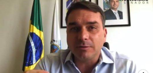Flávio Bolsonaro nega lavagem e diz que PM comprou R$21,1 mil em chocolate