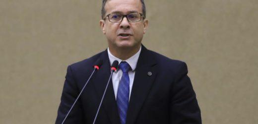 Vereador entregará à PF, MPF e TCE provas de que lucro da Cigás foram parar em paraísos fiscais