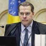 Presidente do STF rejeita liminar contra flexibilização de isolamento social no RJ
