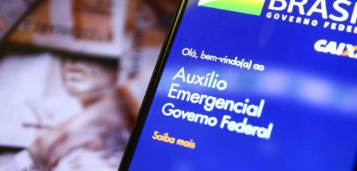 Auxílio emergencial vai variar de R$ 175 a R$ 375, diz Guedes
