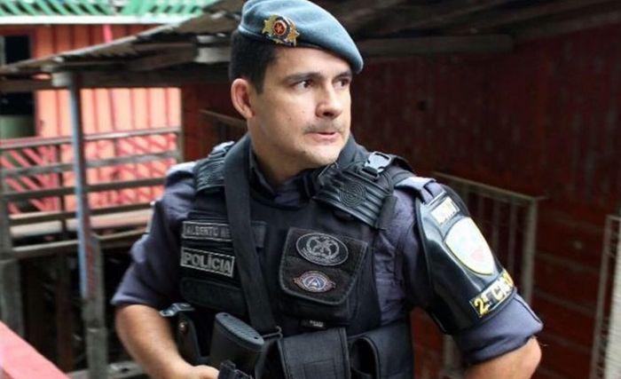 Coligação de Amazonino diz que Alberto Neto 'usa' viaturas policiais em adesivagem