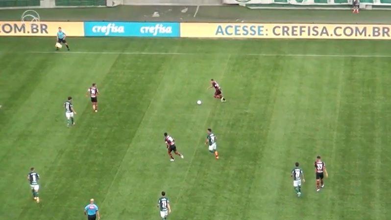 Palmeiras sofre com Fla desfalcado e fica no 1 a 1 em 'jogo da discórdia'