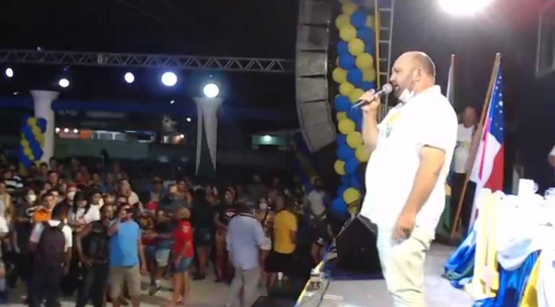 Multidão acompanha convenção de pré-candidato Nicson Marreira, em Tefé