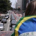 Após carreata da esquerda, direita protesta contra Bolsonaro