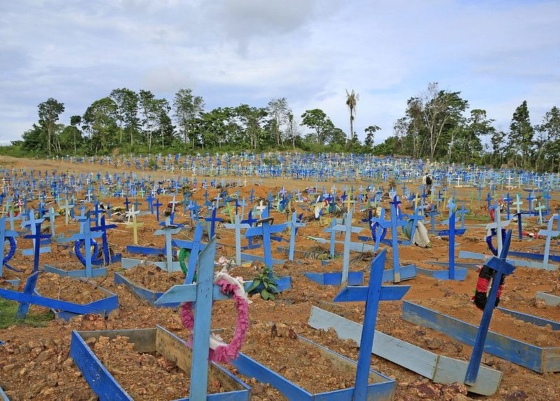 Registro de óbitos por covid em Manaus já é 22% maior que 1° pico da doença