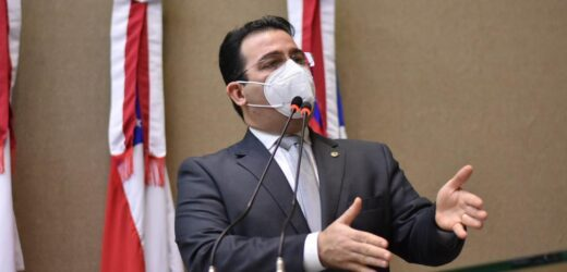 """*""""É faltar com respeito ao povo brasileiro"""", diz Wilker sobre Omar Aziz presidir a CPI da Pandemia no Senado"""