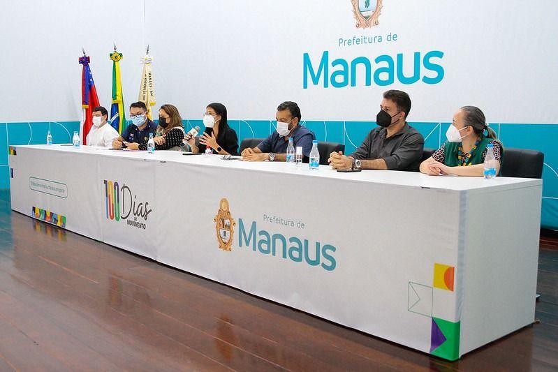 Mais de 50 pontos de atendimento funcionam neste sábado para intensificar a vacinação contra a Covid-19 em Manaus