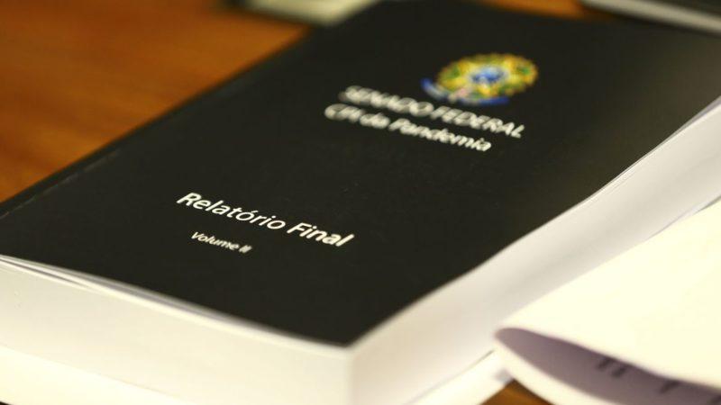 Senador Renan Calheiros faz leitura do relatório da CPI da Pandemia